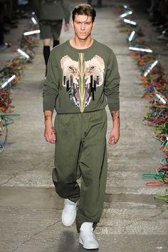 Marcelo Burlon County of Milan Spring 2016 Menswear Fashion Show