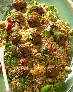 couscous with roasted peppers and spicy meatballs Healthy Summer Recipes, Lunch Recipes, Dinner Recipes, Pasta Recipes, Healthy Food, Food To Go, Love Food, Tasty Dishes, Food Dishes