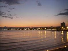 Break of dawn in Salou. Get your big break in Affiliate marketing and take your new career with you! Travel perpetually with your new income --> www.livealifeofyourdreams.com/beachfreedom Bright Side Of Life, New Career, Affiliate Marketing, Dawn, Sunset, Big, Beach, Water, Travel
