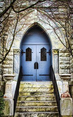 A church in Newnan, Georgia Cool Doors, Unique Doors, Portal, Interior Desing, Interior Exterior, Door Knockers, Door Knobs, When One Door Closes, Door Gate
