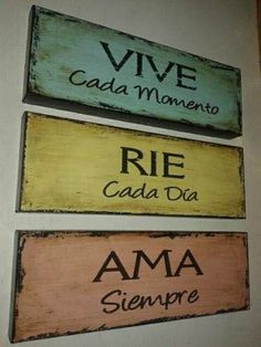 Cuadro Vintage Love the phrases Wood Signs, Rustic Signs, Bowser, Diy And Crafts, Projects To Try, Shabby Chic, Crafty, Lettering, Quotes