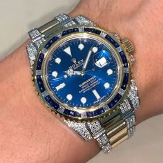 Rolex Submariner Diamonds 💎 Comment below with your opinion👇 Check for other watches Rolex Cosmograph Daytona, Rolex Submariner, Rolex Gmt, Rolex Daytona, Rolex Watches For Men, Luxury Watches For Men, Male Watches, Diamond Watches For Men, Casual Watches