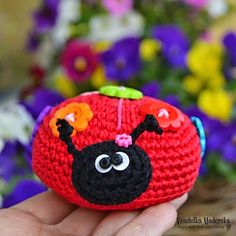 Crochet ladybug I probably won't make this, but maybe someone will make it for me. You hoo.
