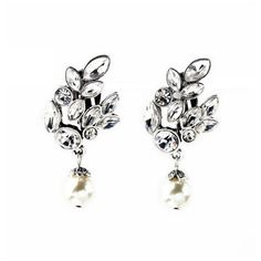 Loli Bijoux Calais Earrings ($26) ❤ liked on Polyvore featuring jewelry, earrings, vintage clip on earrings, clip on pearl drop earrings, clip on drop earrings, clip earrings and clip back earrings