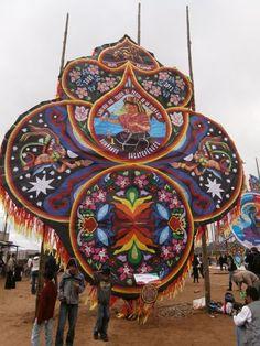 kites guatemala | GUATEMALA Giant Kite Festival 2013 | Sumpango Sacatepequez Kite ...