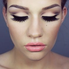 ssssamanthaa on ig makeup