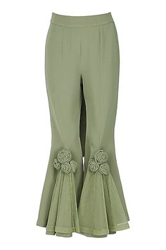 Eshaani Jayaswal presents Olive green appliqued pants with blazer available only at Pernia's Pop Up Shop. Pakistani Fashion Casual, Pakistani Dresses Casual, Pakistani Dress Design, Salwar Designs, Kurti Designs Party Wear, Blouse Designs, Stylish Dresses For Girls, Sleeves Designs For Dresses, Baby Dress Design