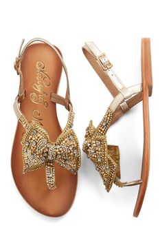 Shoes - Twinkling Trimmings Sandal in Gold