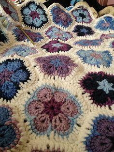 Ravelry: 24Kassia's Single Crochet Join-as-You-Go African Flower