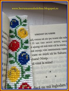 lucru manual adelina: Semn de carte flori tricolore cusaturi traditional... Plastic Canvas Patterns, Beaded Bracelet, Pixel Art, Handmade, Barbell, Fabrics, Beaded Cuff Bracelet, Hand Made, Craft