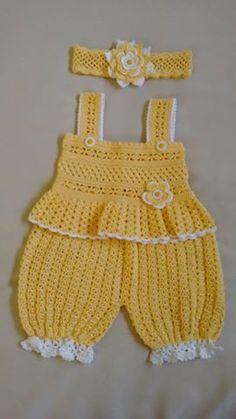 Crochet Doll Dress Crochet Doll Clothes Knitted Dolls Baby Born Clothes Pet Clothes Crochet Boots Baby Girl Crochet Crochet For Kids Baby Dolls Crochet Romper, Baby Girl Crochet, Crochet Baby Clothes, Newborn Crochet, Baby Blanket Crochet, Crochet For Kids, Crochet Gratis, Free Crochet, Cape Bebe