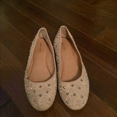 NINE WEST Studded Flats Nine West Studded Flats - Nude with Silver Studs - Worn only a few times - Excellent Condition Nine West Shoes Flats & Loafers