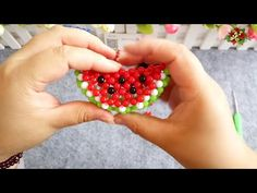 How to bead plant accessory: Watermelon Flap (Style 2) - YouTube