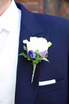 ushers buttonholes?