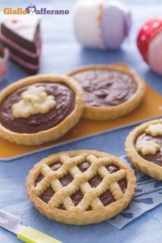 C'è una cosa che accomuna grandi e piccini: la passione per la #Nutella e per le sue CROSTATINE (nutella tarts)! #ricetta #GialloZafferano #Italianfood #Italianrecipe
