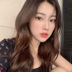 Yoon Sun Young, Japanese Girl Group, Grunge Girl, The Wiz, Ulzzang Girl, Social Platform, Pop Group, Types Of Fashion Styles, Korean Girl Groups