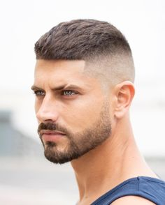 Top Mens Hairstyles In 2019 Stylish Beards, Stylish Haircuts, Very Short Hair Men, Short Hair Cuts, Male Haircuts Curly, Haircuts For Men, Short Fade Haircut, Gents Hair Style, Asian Men Hairstyle
