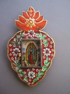 Sacred heart nicho. Traditional style. Hand hammed tin art.