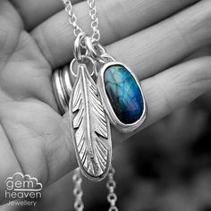 Hey, I found this really awesome Etsy listing at https://www.etsy.com/uk/listing/276486880/labradorite-and-sterling-silver-feather