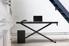 KiBiSi desk.  It has a hand crank so you can adjust the height and work either standing up or sitting down.