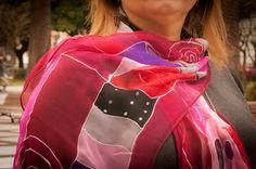 Sabina Burdeos.100% destinado al proyecto Marina Silk, ayudamos a mujeres de India a mejorar su vida. www.luxeli.com