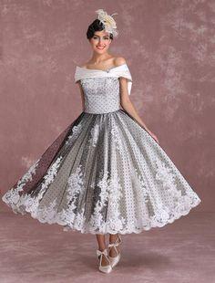 Wedding Dress Black, Lace Wedding Gowns, Dress With Bow, Lace Dress, Dot Dress, Rock Chic, Bridal Headpieces, Bridal Shoes, Bridal Dresses