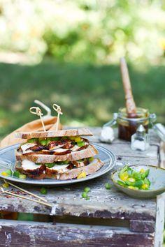 Barbecue csirkemell szendvics