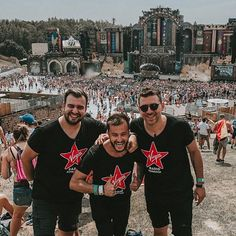 Many years ago I was watching for hours on YouTube the videos from Tomorrowland. It was my dream to get there. TODAY... I'm here. Live TODAY - Love TOMORROW - Unite FOREVER!  #tomorrowland #dj #edm #music #rave #ultra #edc #festival #martingarrix #trance #techno #housemusic #dance #producer #party #edmlife #love #trap #dubstep #ultramusicfestival #edmlifestyle #deephouse #edmfamily #plur #house #tiesto #progressivehouse #hardwelll