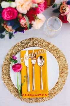 Sequin Place Setting with Bright Flowers | Mary Costa Photography | Modern Gold Glitter Wedding Ideas