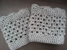 free crochet boot cuff pattern   Crochet from J: Lacy Scalloped Boot Cuff