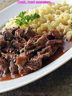 vörösboros vaddisznó pörkölt gombával és galuskával Cooking Recipes, Beef, Foods, Drinks, Red Peppers, Recipes, Meat, Food Food, Food Recipes