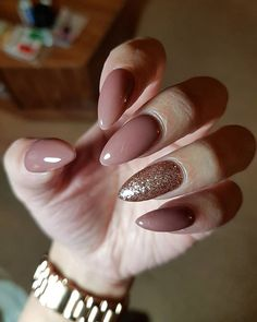 Pinterest: sabrinanarend By @esspnails