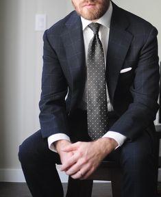 Suit: @bntailor   Shirt: @spiermackay   Necktie: @vandafineclothing   Pocketsquare: @kent.wang #ootd #wiwt #데일리룩 #패션 #남자패션 #ファッション #今日のコーデ #スーツ #menswear #mensfashion #mensstyle #style #fashion #bespoke #suit #fresco #check #bnt #shirt #mtm #necktie #vanda #pocketsquare #linen #kentwang #monday