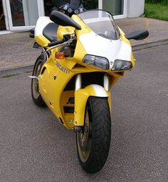 **NOW SOLD** Ducati 748 1999 Reg-21,698 Miles-Service History- Comes with 12 Months MOT-Single Seat Conversion-Termignoni Exhaust System NOW £2,995