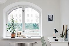 Natural light and spring decor - Hege in France