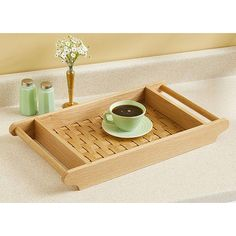 Basket-weave Serving Tray Woodworking Plan from WOOD Magazine Small Woodworking Projects, Small Wood Projects, Woodworking Plans, Wood Pallet Crafts, Wooden Serving Trays, Wooden Basket, Wood Magazine, Bamboo Crafts, Wood Tray