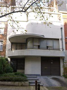 La maison des terrasses, Avenue l'échevinage, Uccle. 1935, Raphael Delville.