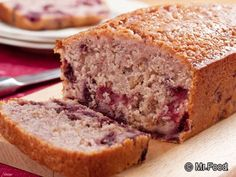 Cherry Nut Bread is a cake-type bread that& perfect for adding novelty to your dinner table, or just for snacking. Fruit Bread, Dessert Bread, Dessert Recipes, Cherry Bread, Banana Bread, Breakfast Recipes, Nut Bread Recipe, Easy Bread Recipes, Quick Bread
