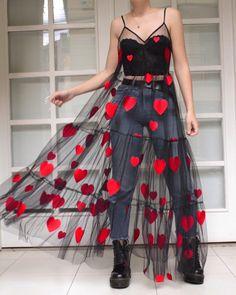 Ideas for fashion design inspiration dresses spring summer Fashion Design Inspiration, Style Inspiration, Heart Dress, Dress Up, Mode Kimono, Look Fashion, Womens Fashion, Feminine Fashion, Fashion Spring