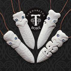 Traditional and Contemporary Maori Bone Carvings by TuwharetoaBone Deer Antler Crafts, Soapstone Carving, Bone Crafts, Maori Designs, Soap Carving, Wood Sculpture, Abstract Sculpture, Bronze Sculpture, Maori Art