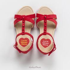 Red Kids stickers. Pegatinas para marcar zapatos con forma de corazón.