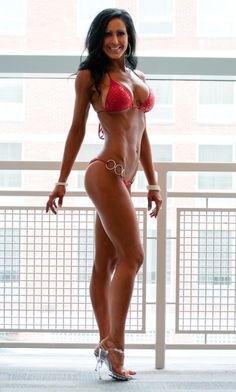 Amy Bella- Fitness Model & Bikini Competitor Sexy Fitness