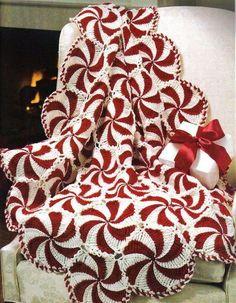 Crochet Peppermint Swirl Afghan Easy Free Pattern #CrochetProjects #crochetafghans