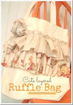 {SASSY LAYERED RUFFLE TOTE BAG} @NorthernCottage.net  Super CUTE and EASY too!!