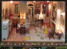 "Mary Englebreit Style Dollhouses by the ""Girls in the Garage"": Main Floor of Georgia Matuschak's ""Mary House"""