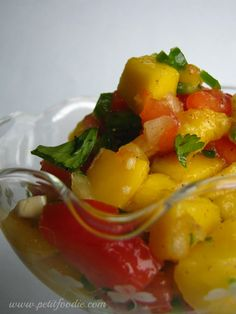 mango salsa www.petitfoodie.com #cincodemayo