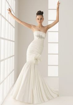 Mermaid Strapless Organza Rebrode Lace Chapel wedding Dress Style 135 - Olimpia