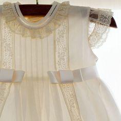 Vestidos para Bautizo. Faldon bautizo fabiola