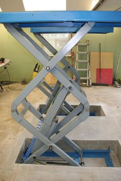 In-floor Scissor Lift Install - The Garage Journal Board Garage Lift, Garage Shed, Garage Tools, Garage House, Dream Garage, Car Garage, Mechanic Garage, Home Workshop, Garage Workshop