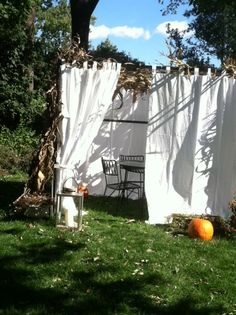 Simple, beautiful sukkah